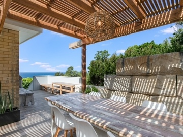 Renting out with online payment: Alfresco Dining and Seating
