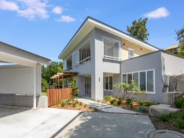 Renting out with online payment: Driveway and Spacious Garage