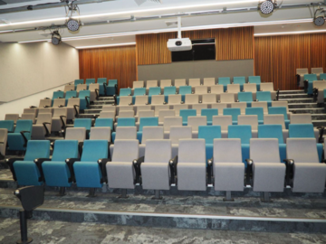Renting out with online payment: A Space Perfect for Powerpoint Presentation or Movie Screening