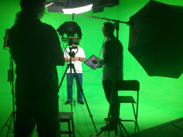 Renting out with online payment: Boutique Audio-Visual Production Studio