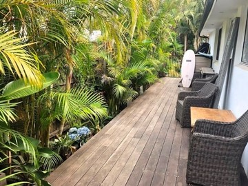 Renting out with online payment: Back Deck Area